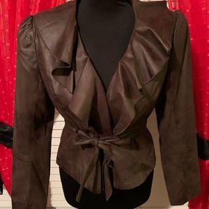 Brown worthington ruffle neck blazer with belt